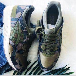 ASICS   Camo sneakers